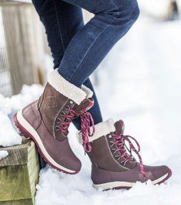 arctic-apres-lace-muck-boots