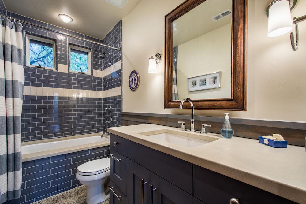 bathroom_high_2045240