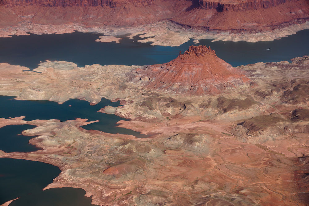 lake_powell_water_levels_spring_2014_photo_credit_ecoflight